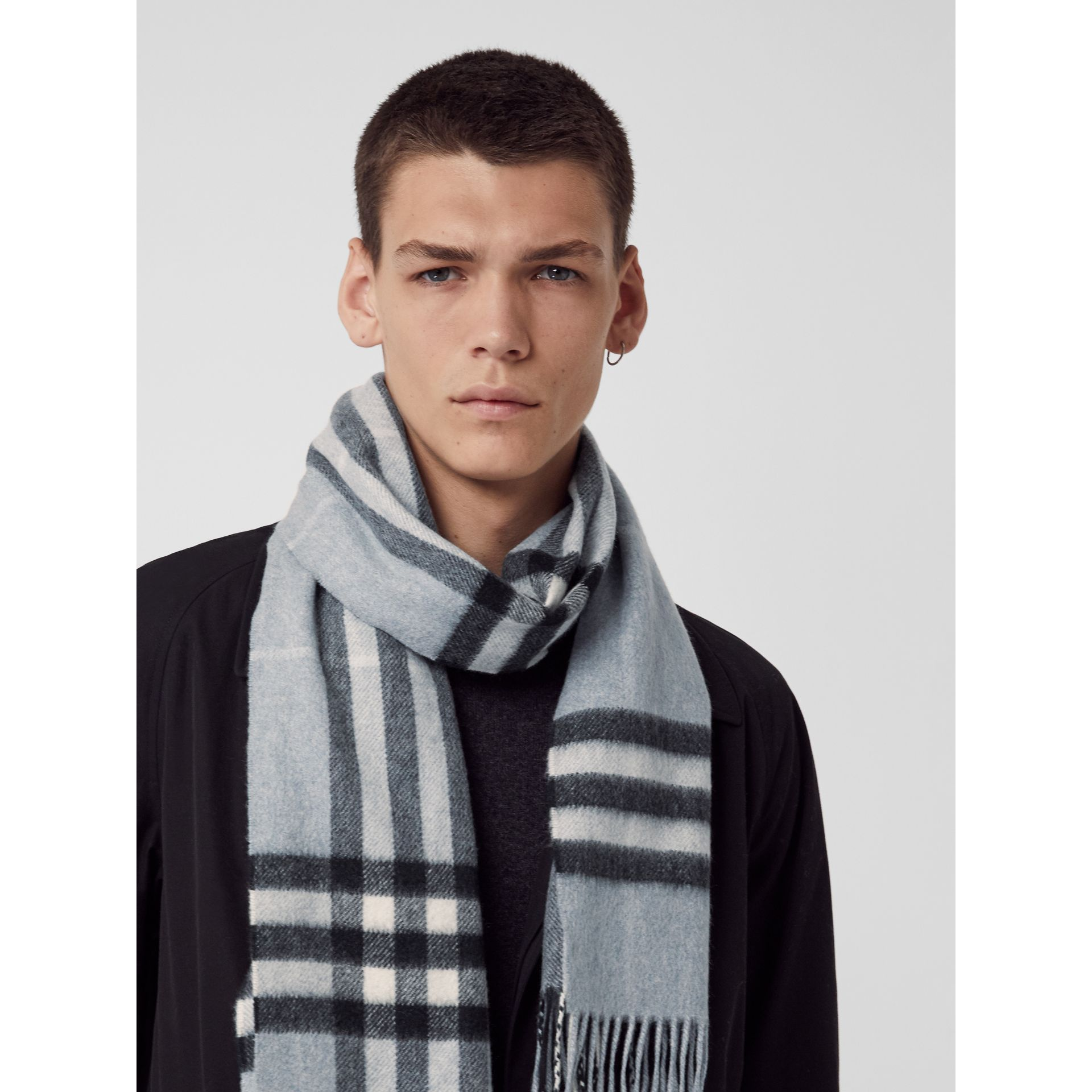 The Classic Check Cashmere Scarf in Dusty Blue | Burberry United Kingdom - gallery image 7