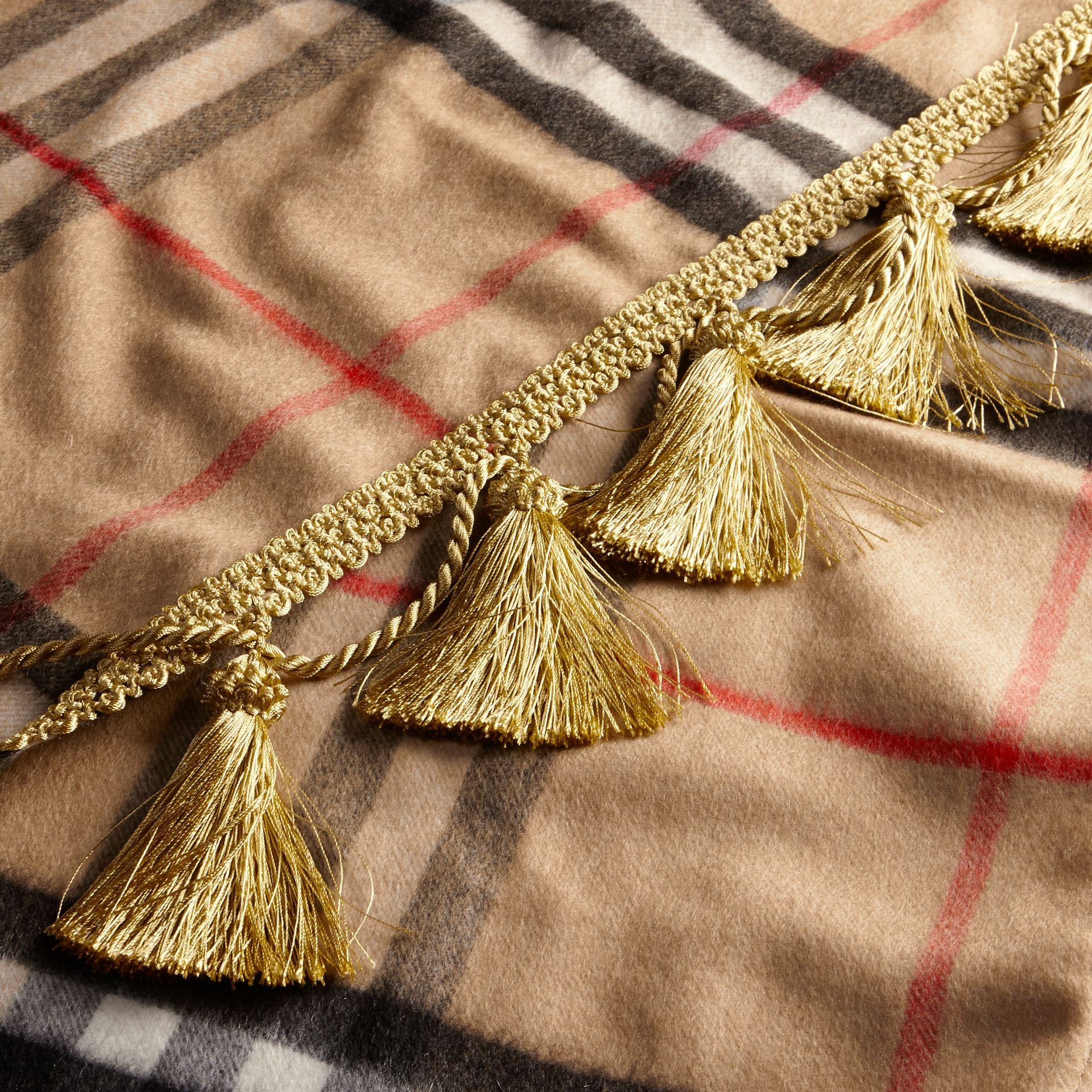 Camel The Classic Cashmere Scarf in Check with tassels - gallery image 5
