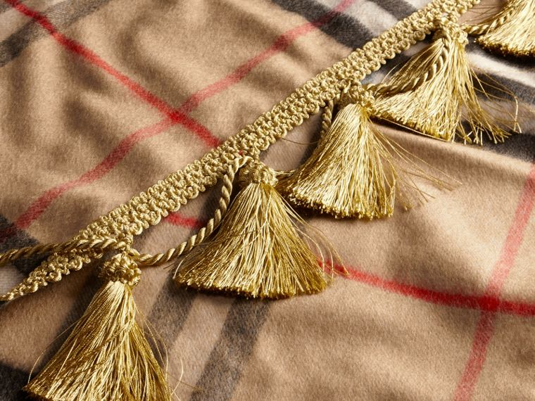 Camel The Classic Cashmere Scarf in Check with tassels - cell image 4