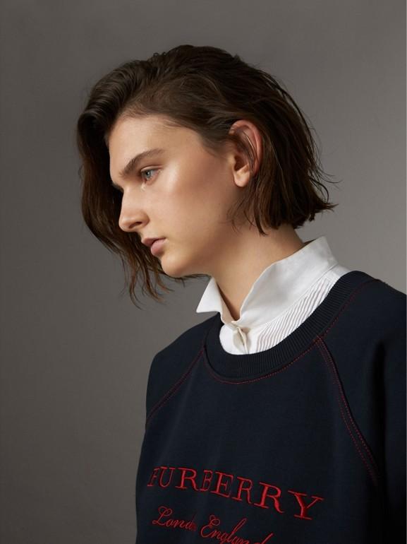 Sudadera en tejido jersey de mezcla de algodón con logotipo bordado (Azul Marino) - Mujer | Burberry - cell image 1
