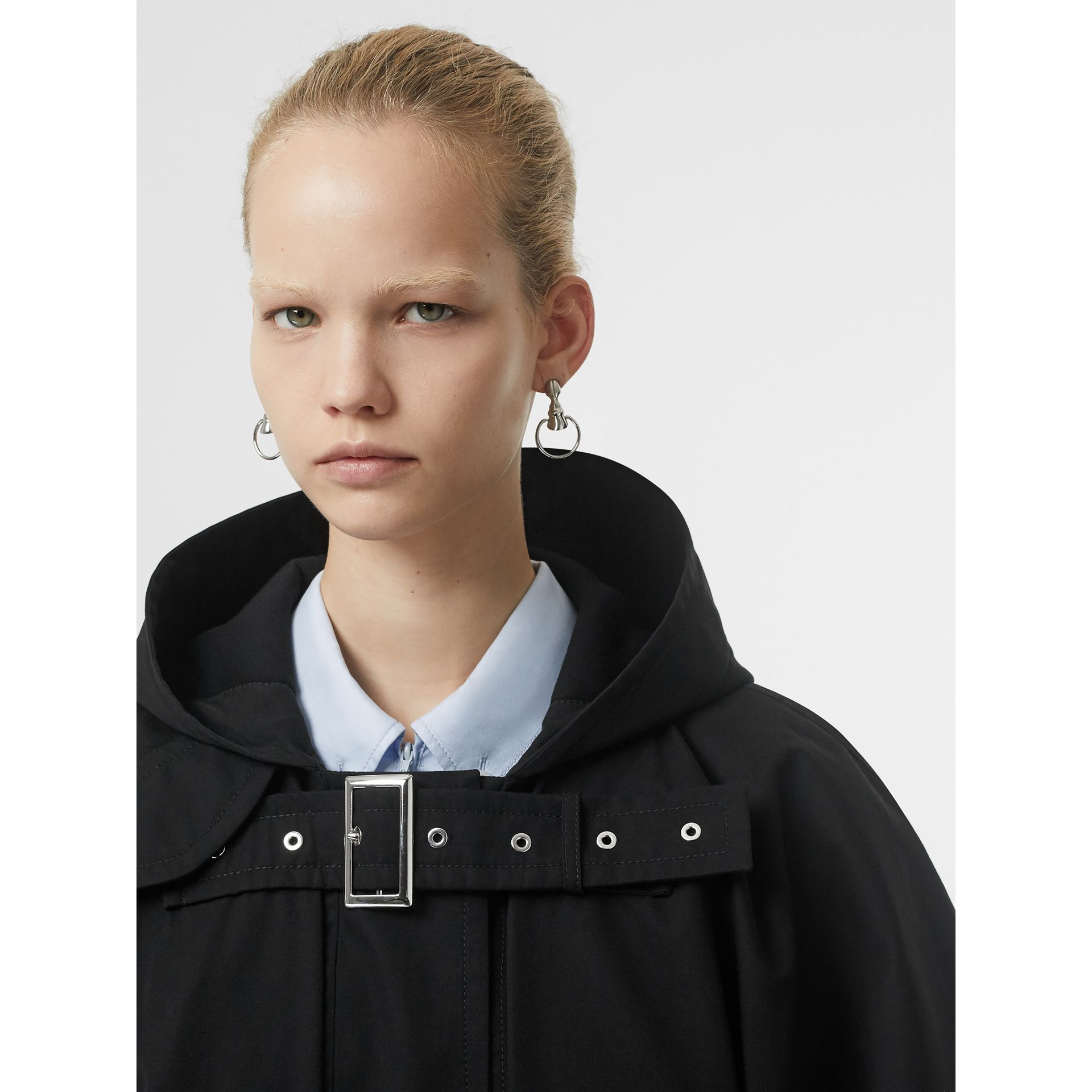Triple Buckle Cotton Gabardine Cape Coat in Black - Women | Burberry Hong Kong S.A.R - gallery image 6