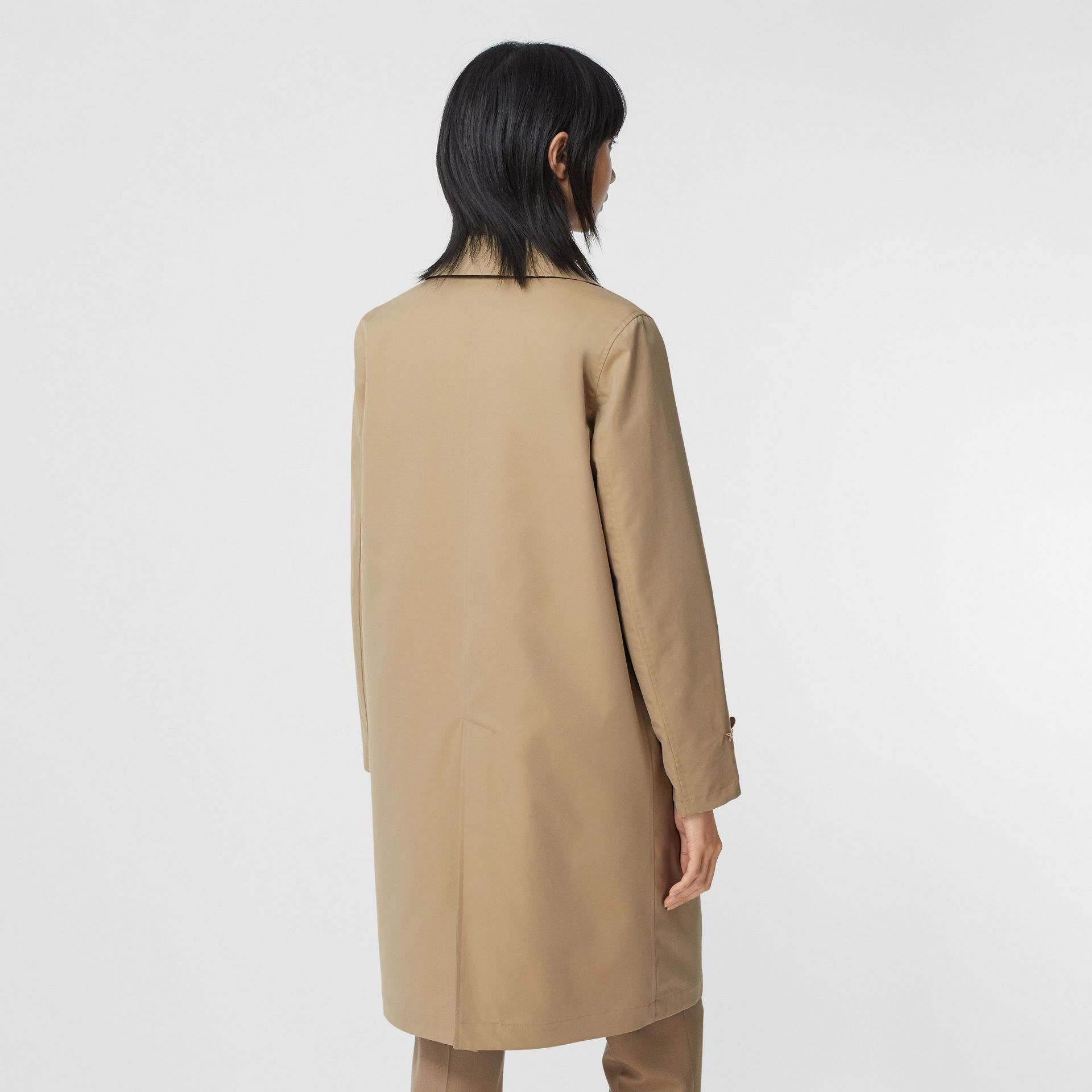 Reversible Cotton and Recycled Polyester Car Coat in Honey - Women | Burberry United Kingdom - gallery image 2