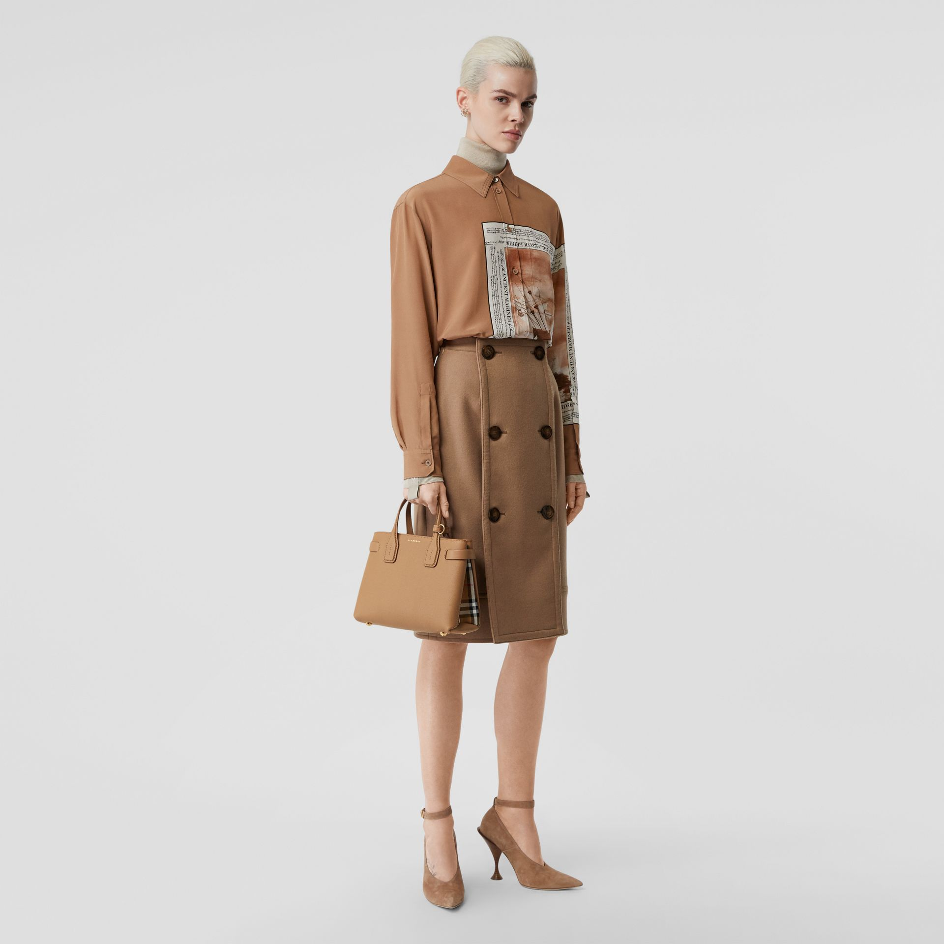 The Small Banner in Leather and Vintage Check in Camel - Women | Burberry - gallery image 5