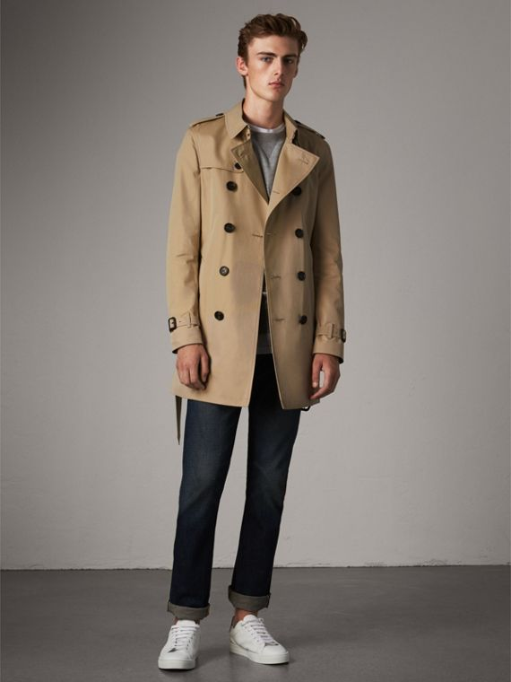 The Chelsea – Mid-length Heritage Trench Coat in Honey - Men | Burberry Singapore