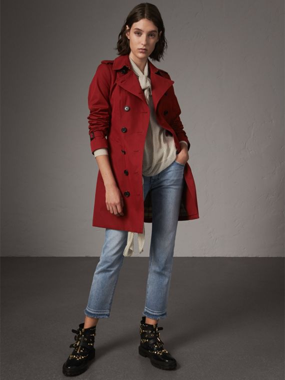 The Sandringham – Mid-length Heritage Trench Coat in Parade Red
