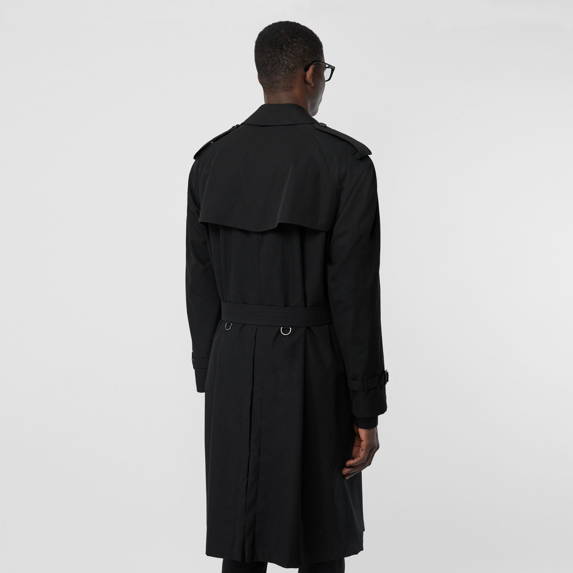 The Westminster Heritage Trench Coat in Black - Men | Burberry United Kingdom - gallery image 2