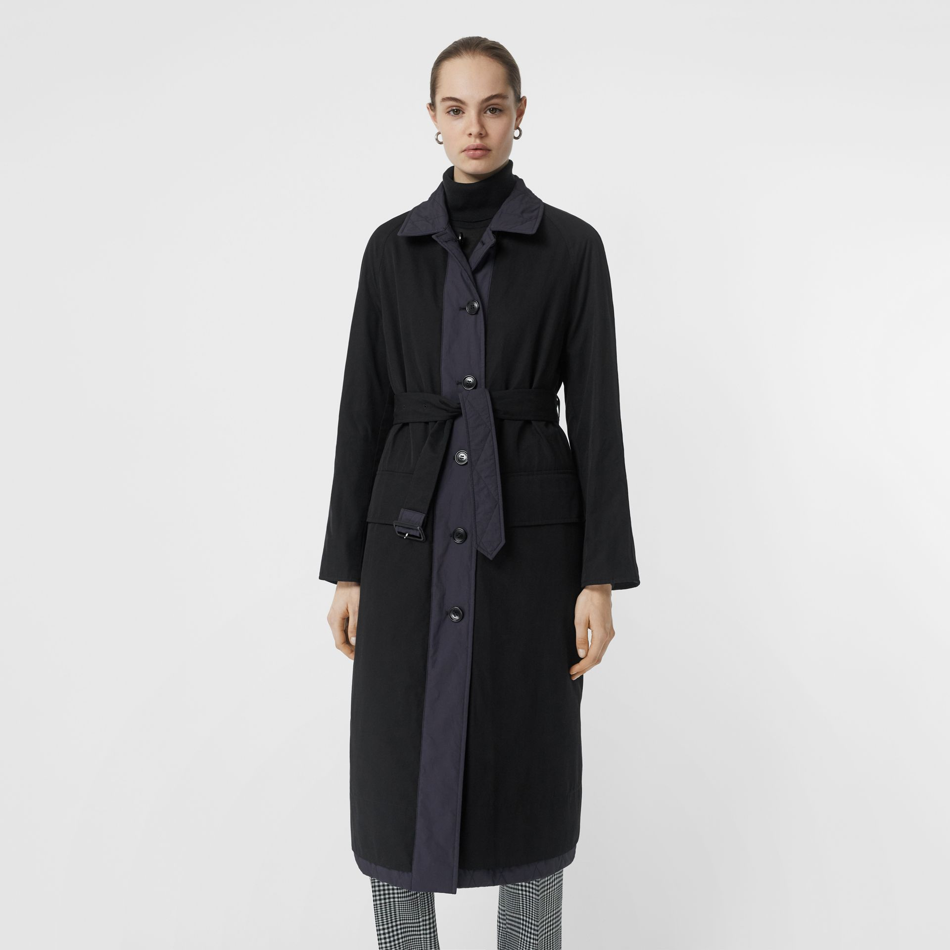 Reversible Contrast Sleeve Quilted Cotton Car Coat in Navy - Women | Burberry Singapore - gallery image 1
