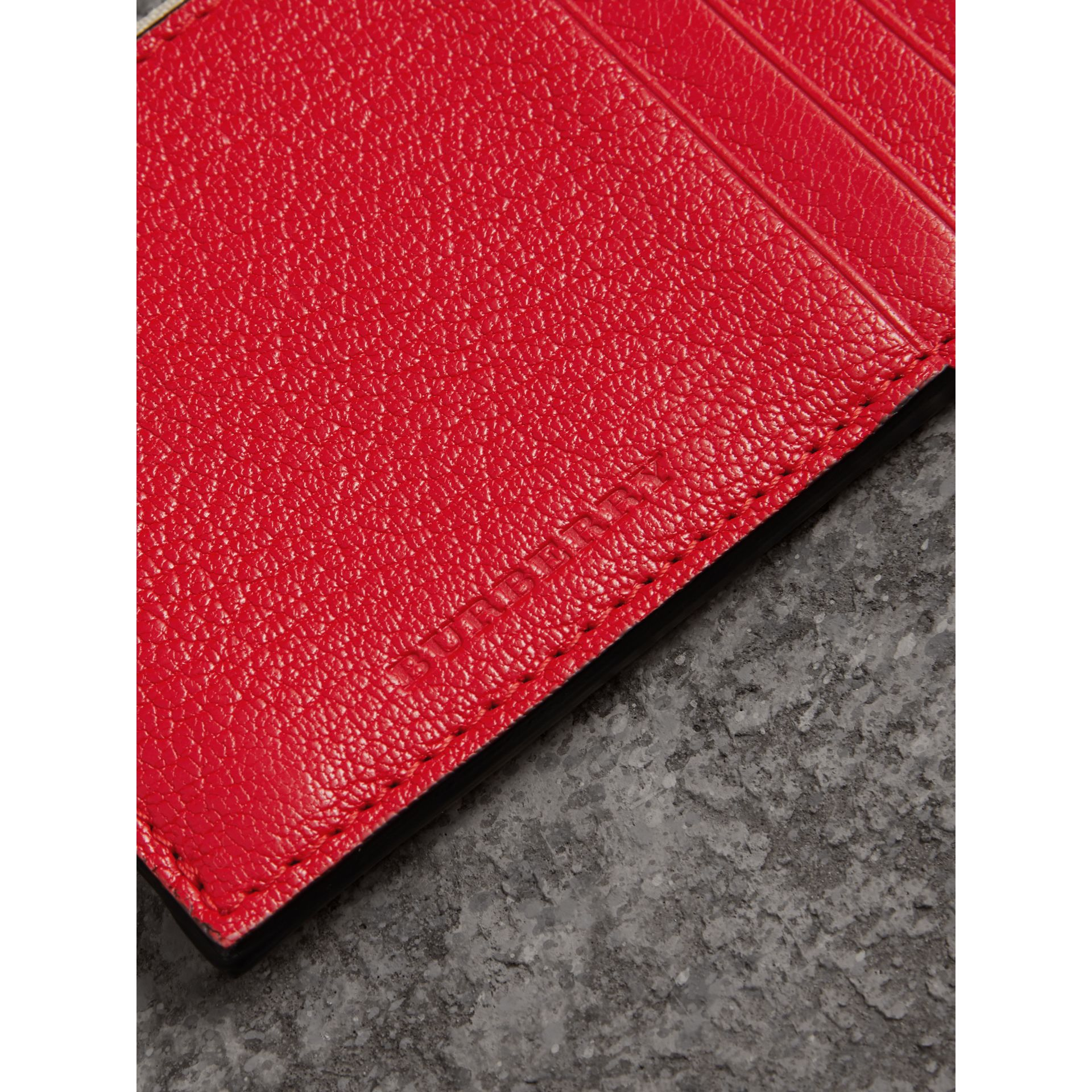 Two-tone Leather Zip Card Case in Bright Red | Burberry Canada - gallery image 1