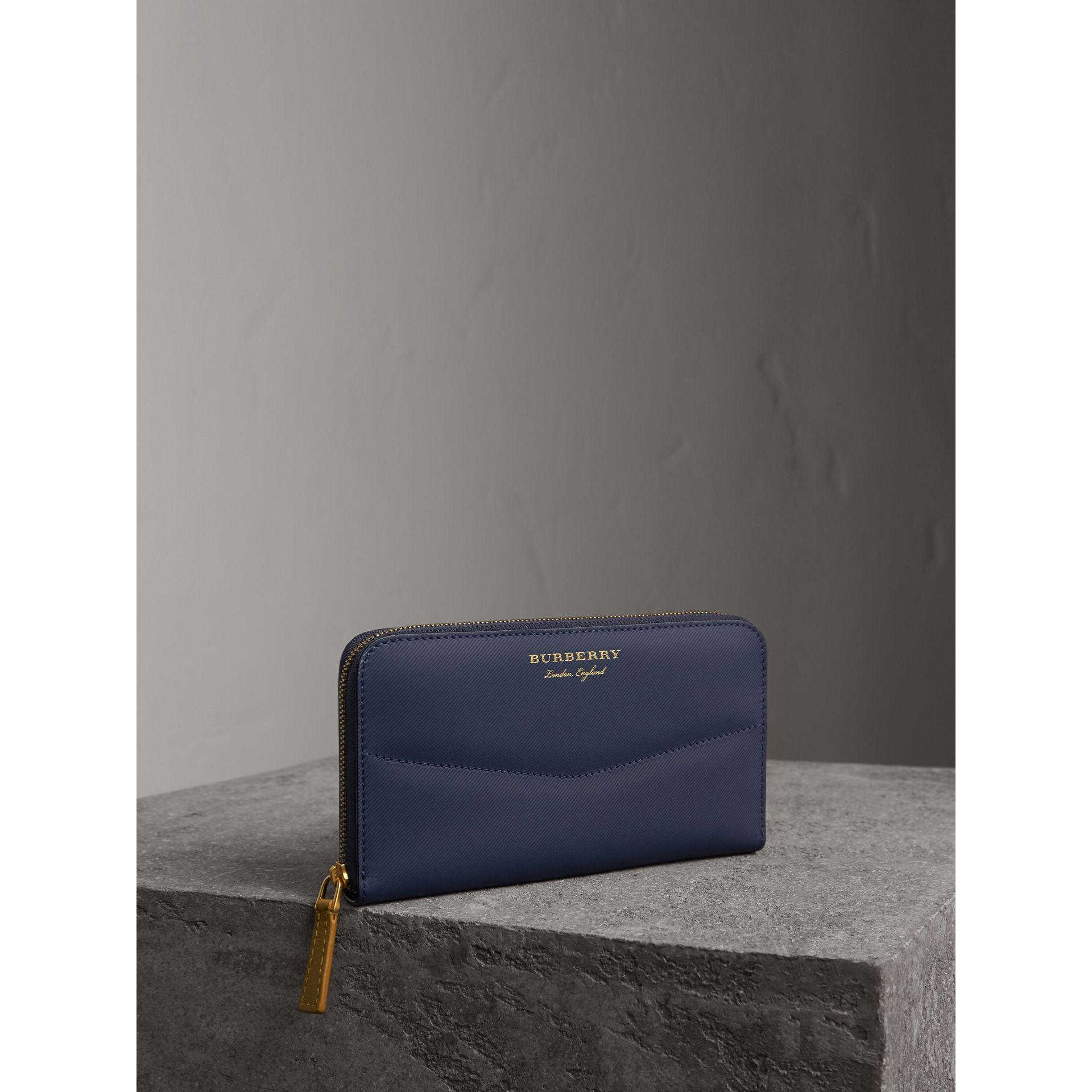 Two-tone Trench Leather Ziparound Wallet in Ink Blue/ochre Yellow - Women | Burberry - gallery image 0