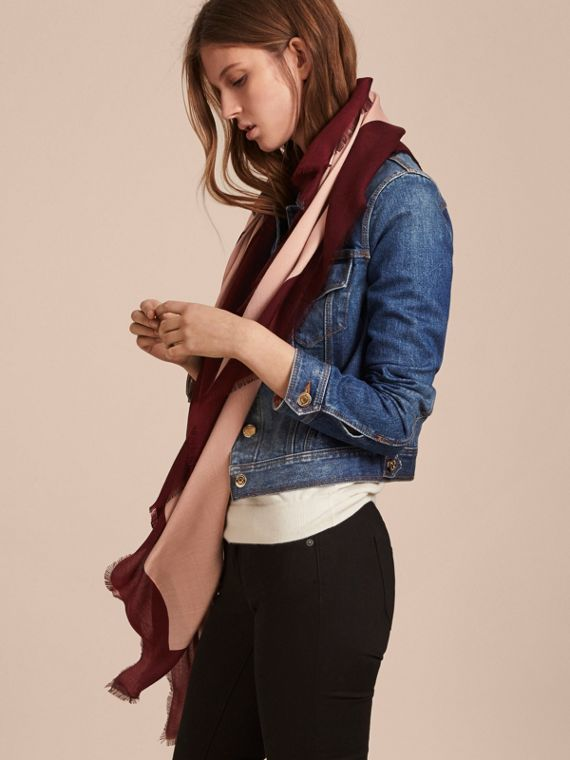Burberry Print Cashmere Blend Scarf Rose/garnet - cell image 2