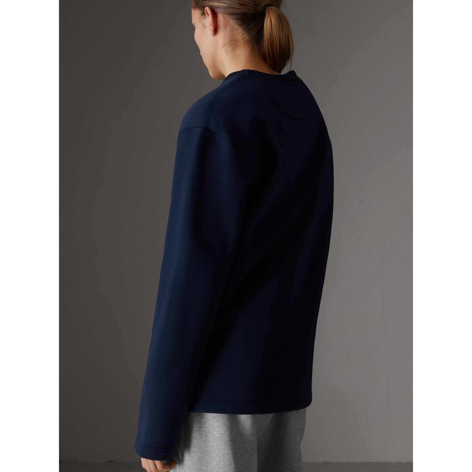 Sweat-shirt en jersey revisité (Bleu Foncé) - Femme | Burberry - photo de la galerie 2