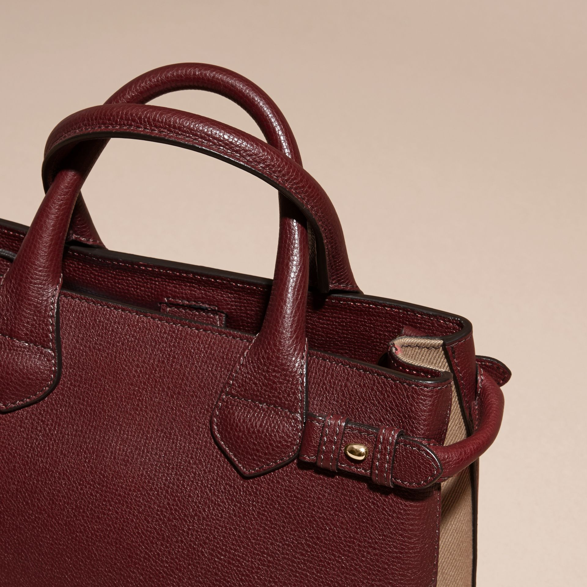 The Small Banner in Leather and House Check in Mahogany Red - Women | Burberry Canada - gallery image 2