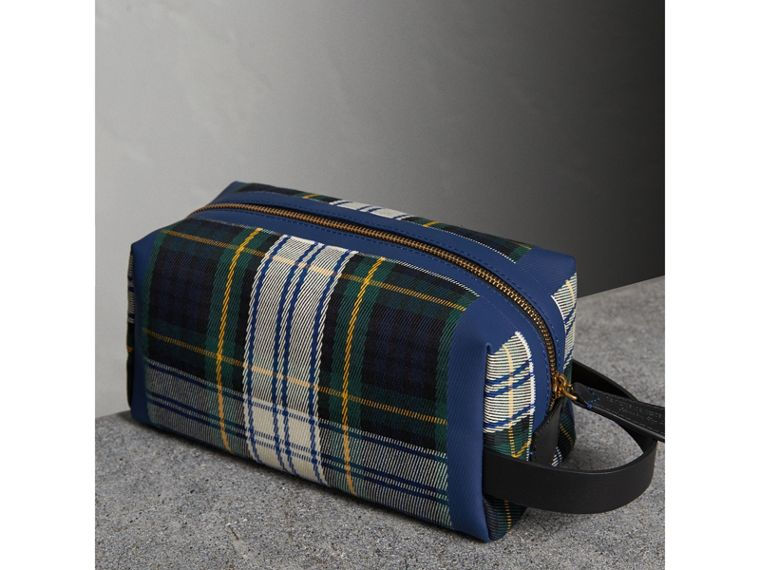 Tartan Cotton Pouch in Limestone | Burberry Australia - cell image 4