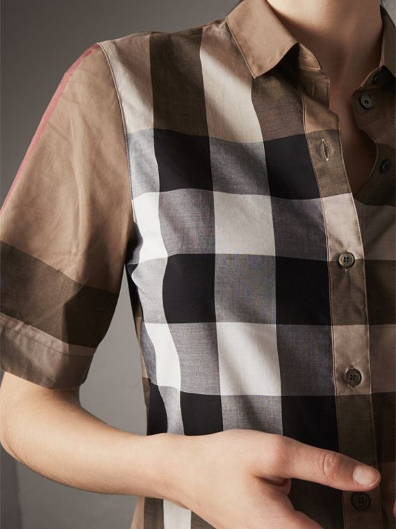 Short-sleeved Check Cotton Shirt in Taupe Brown - Women | Burberry United Kingdom - cell image 3