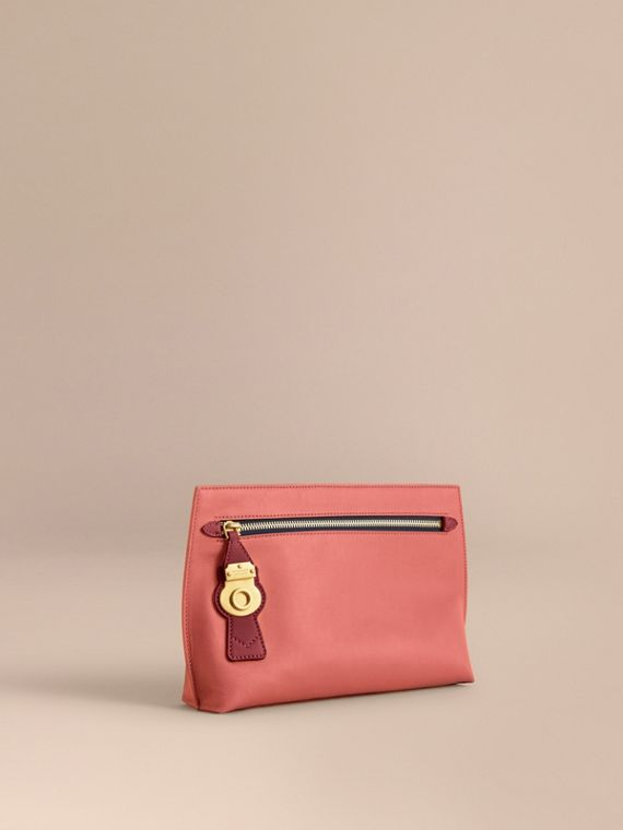 Two-tone Trench Leather Wristlet Pouch in Blossom Pink/antique Red