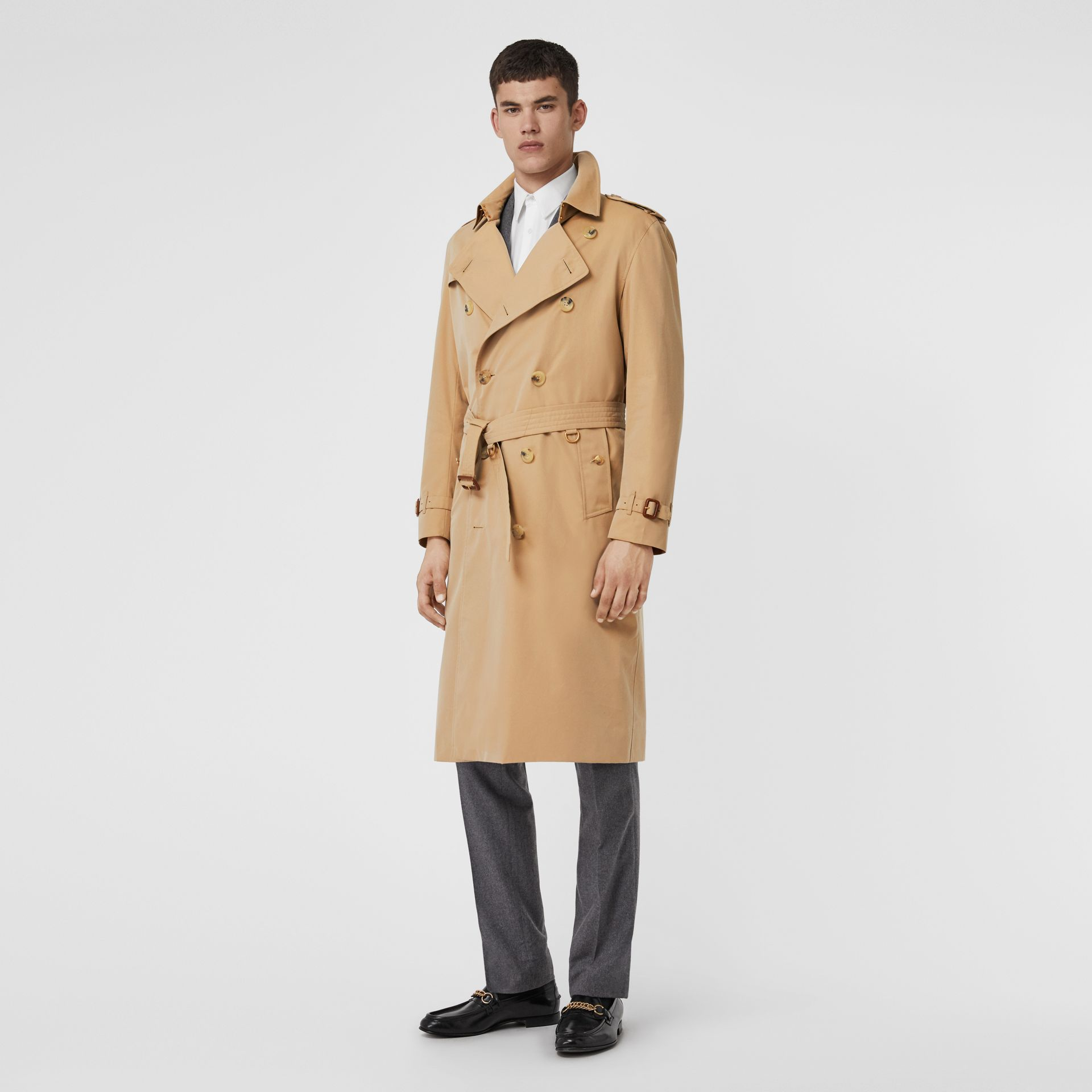 The Long Kensington Heritage Trench Coat in Honey - Men | Burberry Hong Kong - gallery image 0