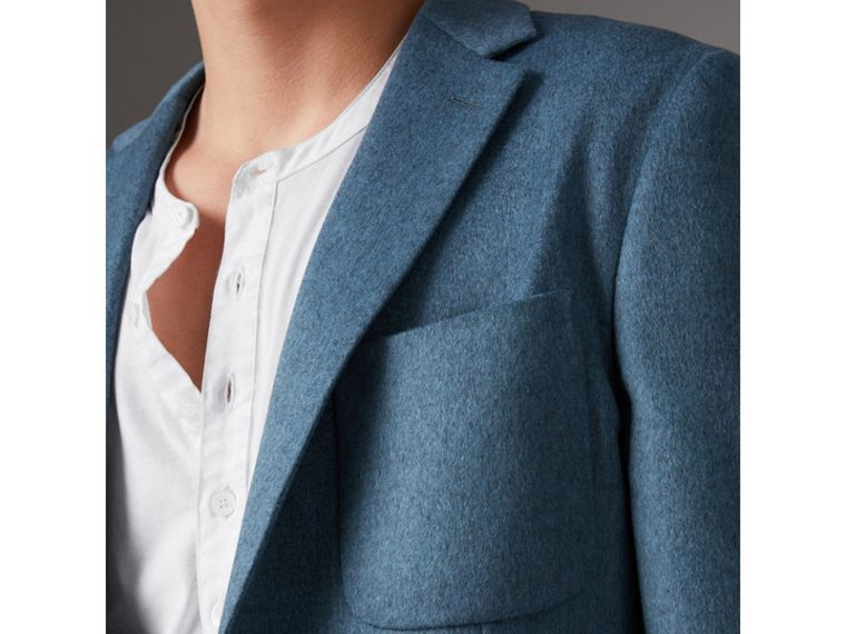 Soho Fit Lightweight Cashmere Tailored Jacket in Slate Blue Melange - Men | Burberry United Kingdom - cell image 4