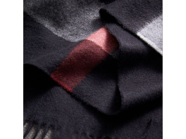 Check Cashmere Wrap in Navy | Burberry United Kingdom - cell image 1