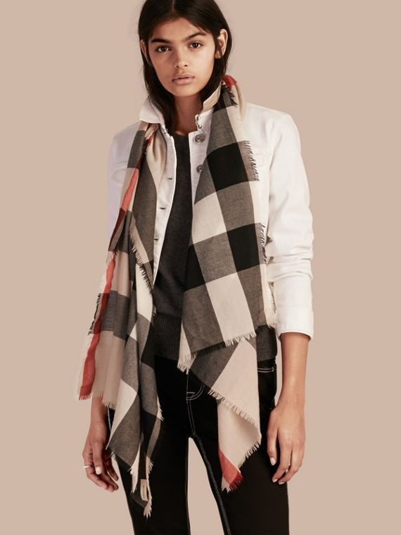 The Lightweight Cashmere Scarf in Check Stone - cell image 2
