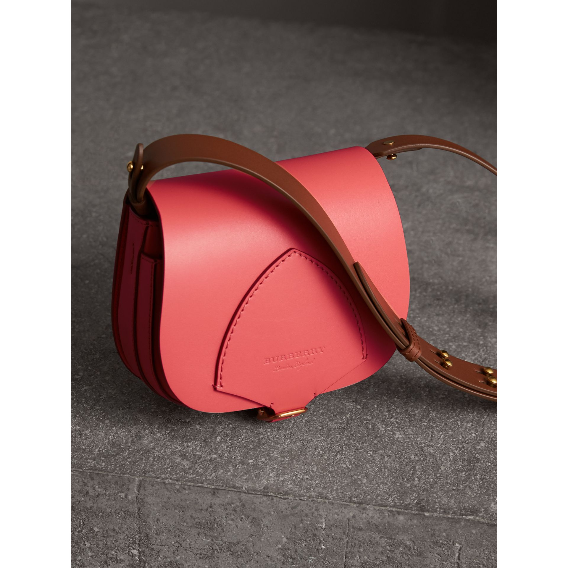 The Satchel in Leather in Bright Peony - Women | Burberry United Kingdom - gallery image 6