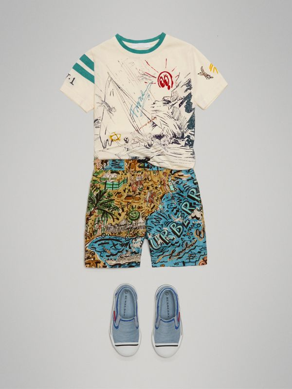 Seaside Print Swim Shorts in Sand - Boy | Burberry - cell image 2