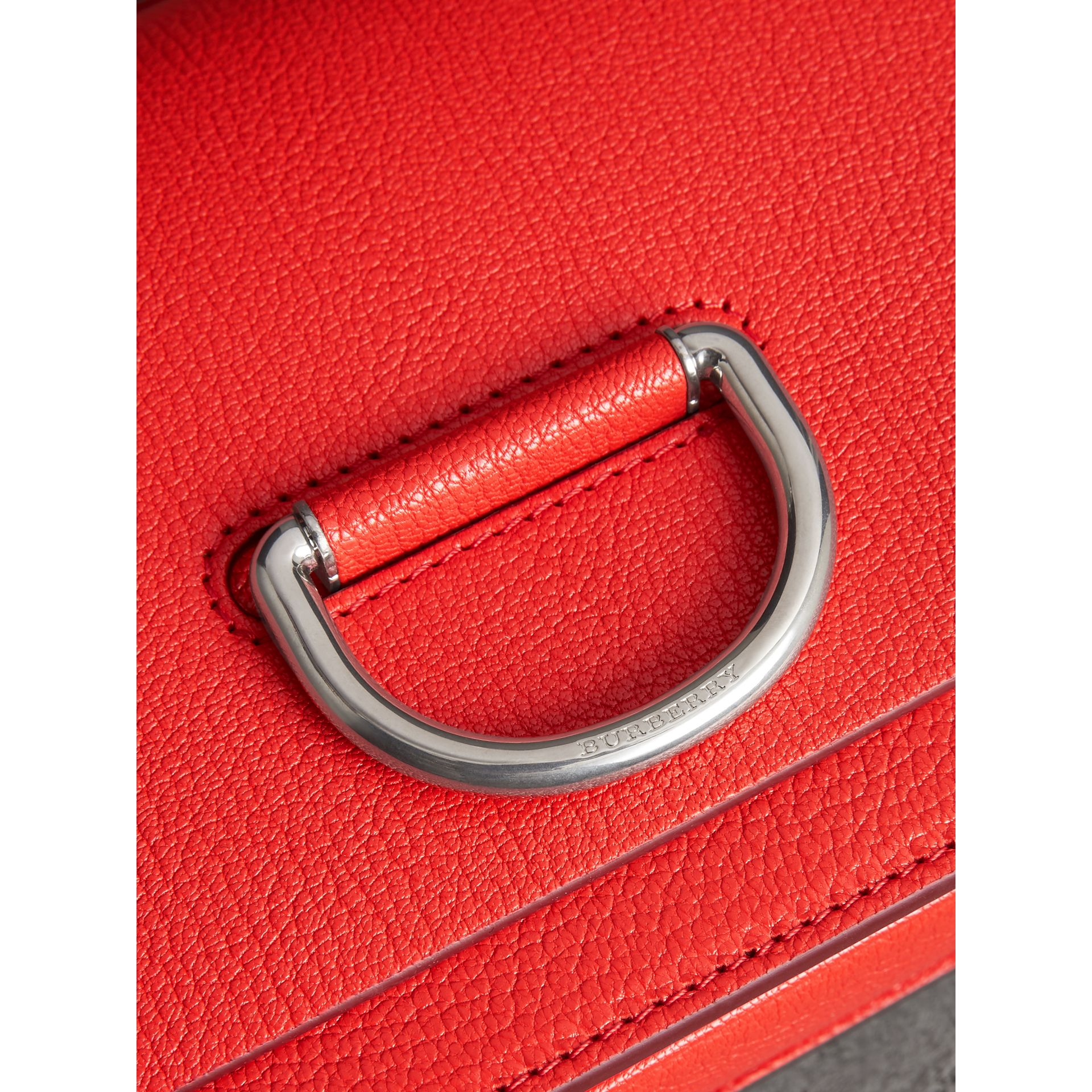 The Small D-Ring Bag aus Leder (Leuchtendes Rot) - Damen | Burberry - Galerie-Bild 1
