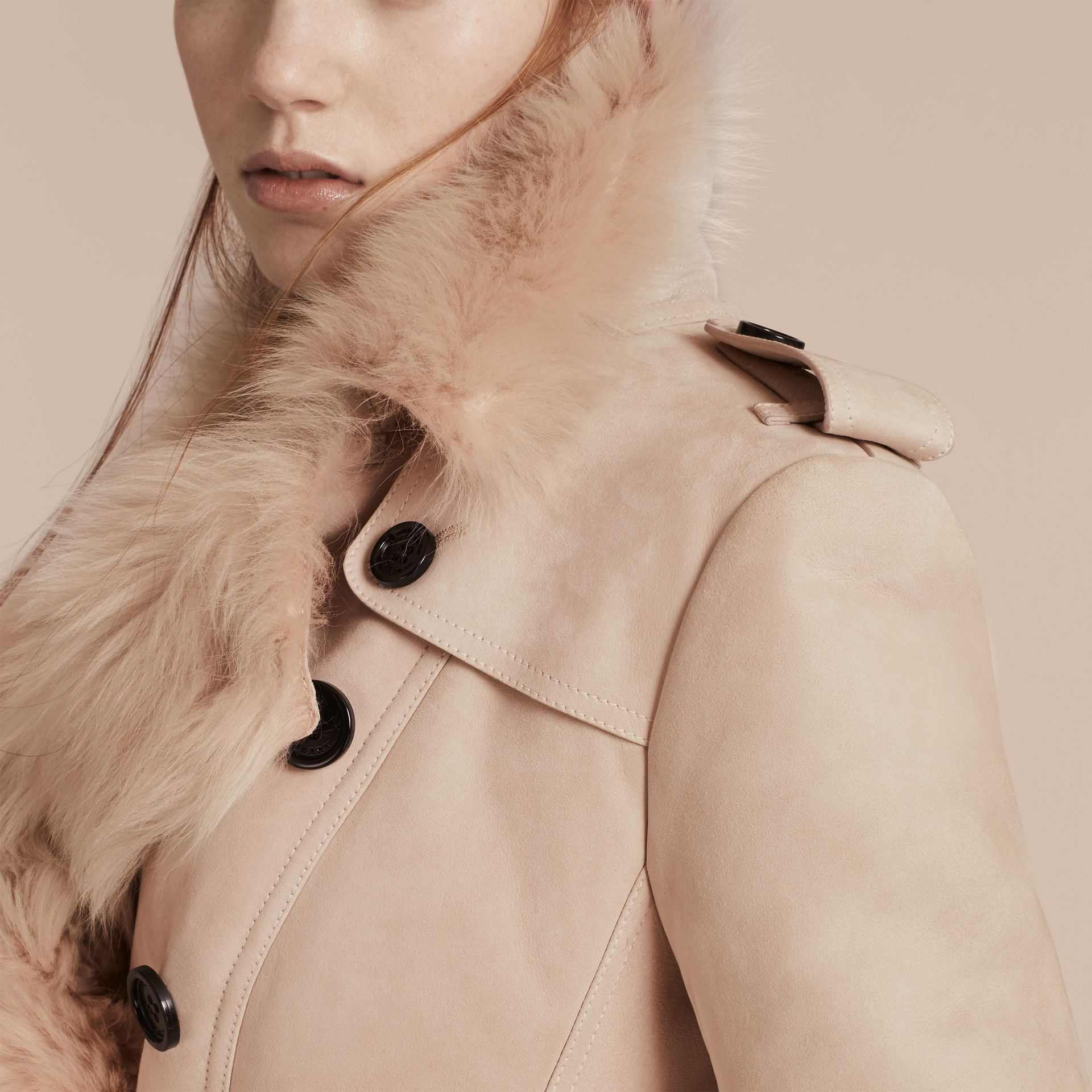 Rose craie Trench-coat en shearling Rose Craie - photo de la galerie 6