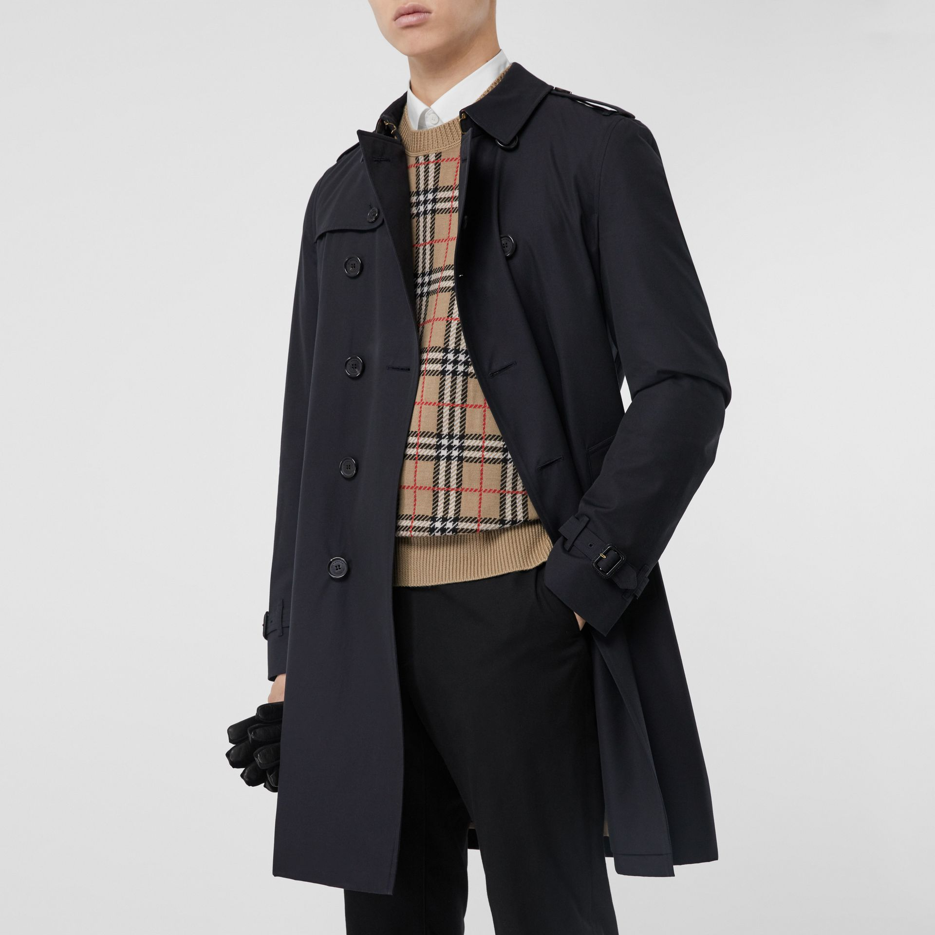 The Chelsea – Long Trench Coat in Navy - Men | Burberry Canada - gallery image 7