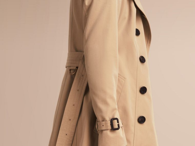 The Sandringham – Mid-Length Heritage Trench Coat in Honey - Women | Burberry - cell image 4