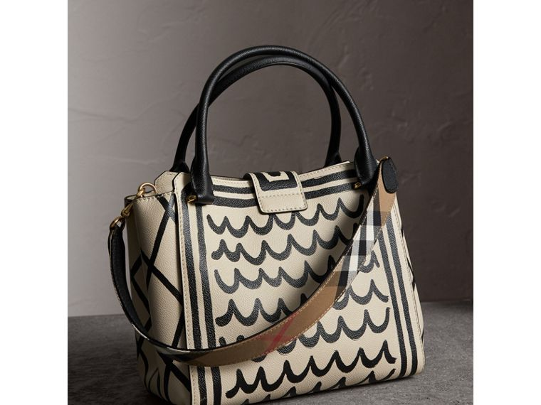 The Medium Buckle Tote in Trompe L'oeil Print Leather in Limestone - Women | Burberry - cell image 4