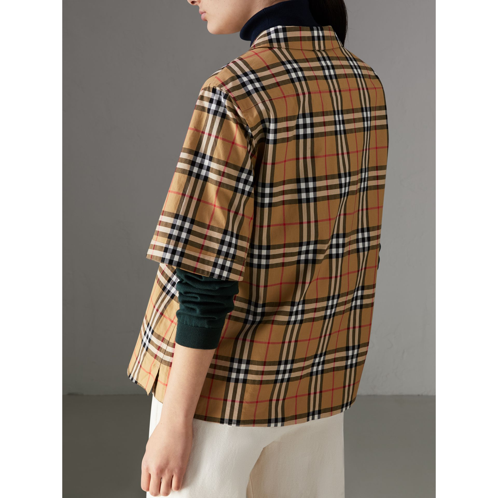 Short-sleeve Vintage Check Shirt in Antique Yellow - Women | Burberry Australia - gallery image 2