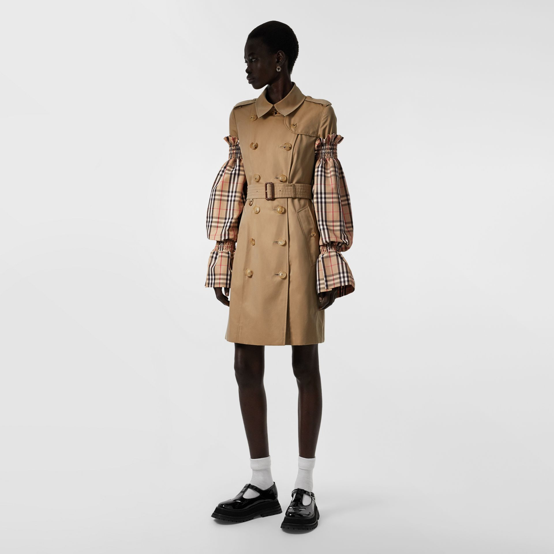 Vintage Check Puff Sleeves in Archive Beige - Women | Burberry - gallery image 0
