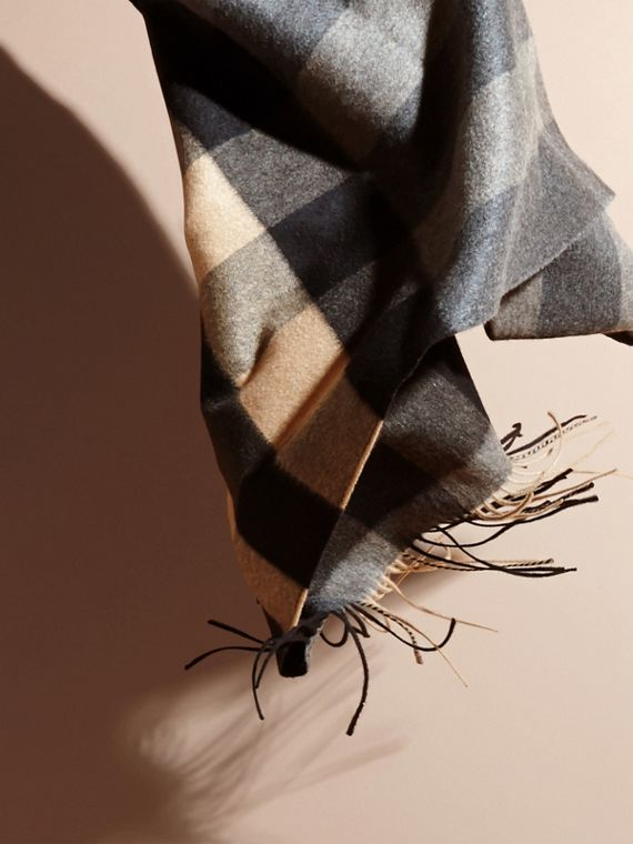 Mid grey/camel Oversize Check Cashmere Scarf Mid Grey/camel - cell image 3