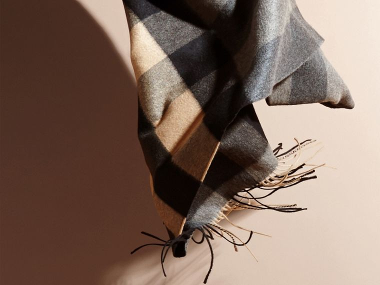 Mid grey/camel Oversize Check Cashmere Scarf Mid Grey/camel - cell image 4