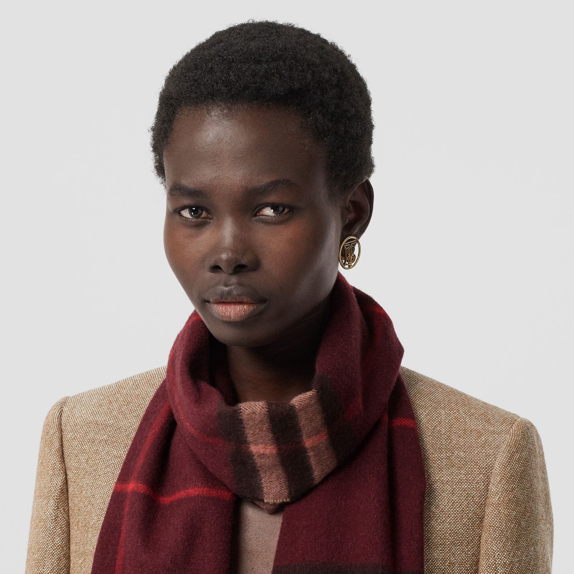 The Classic Check Cashmere Scarf in Burgundy | Burberry United Kingdom - gallery image 2