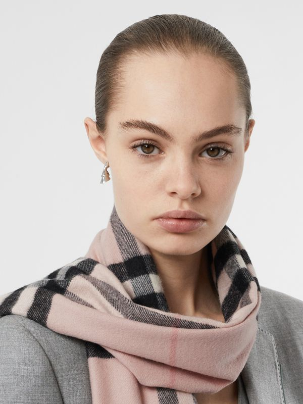 The Classic Check Cashmere Scarf in Ash Rose | Burberry Australia - cell image 2