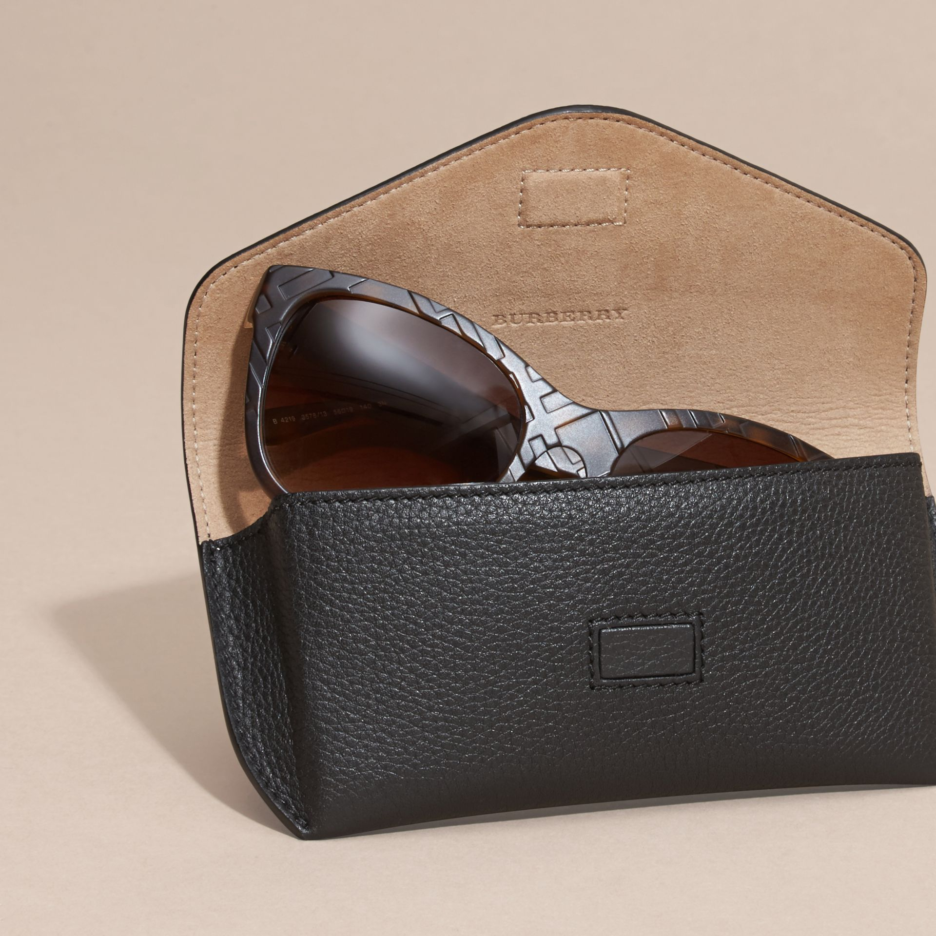 Black Grainy Leather Eyewear Case Black - gallery image 3