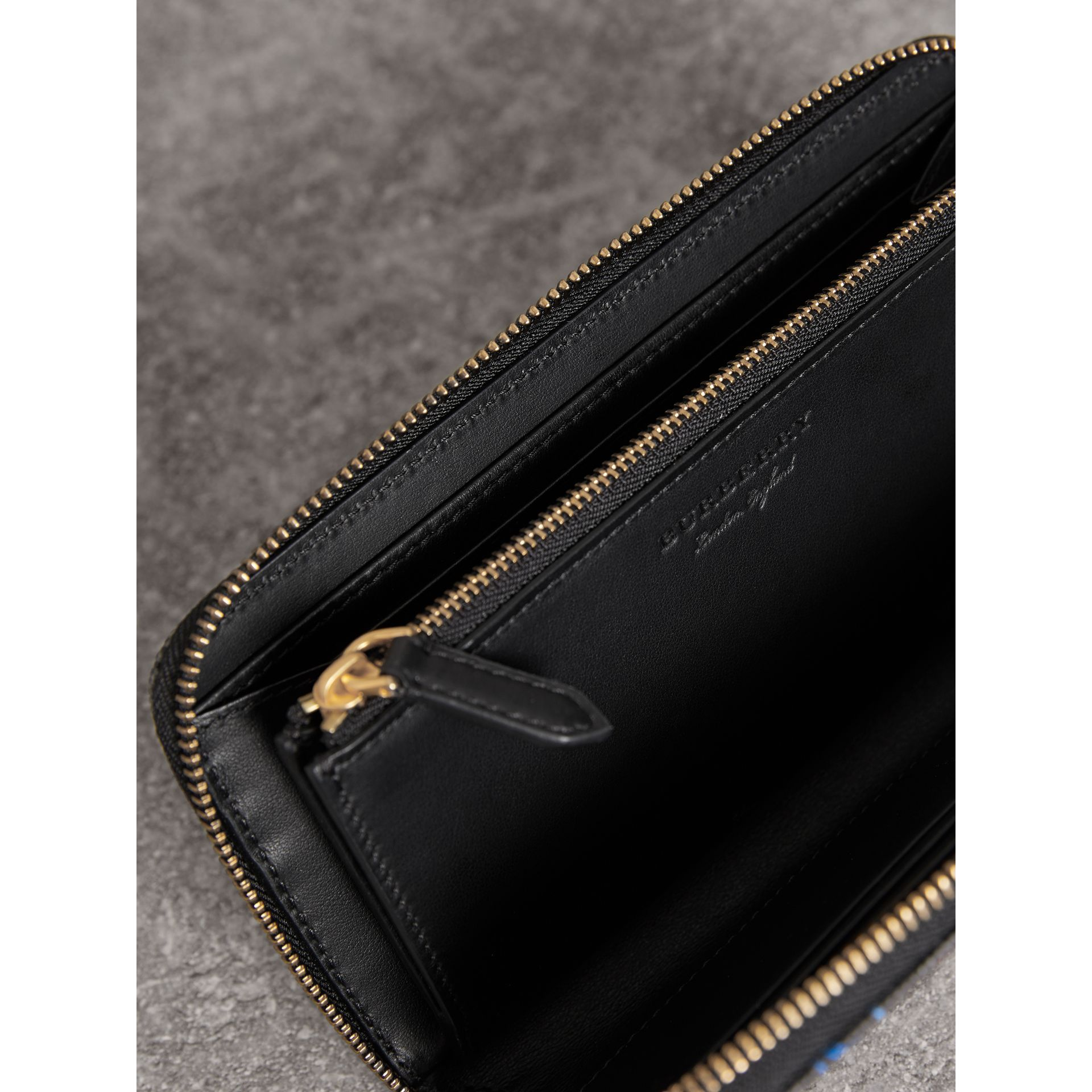 Doodle Print Coated Canvas Ziparound Wallet in Black | Burberry - gallery image 3