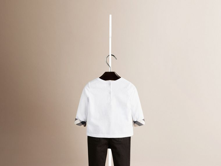 Long Sleeve Check Cuff T-Shirt in White - Girl | Burberry - cell image 1