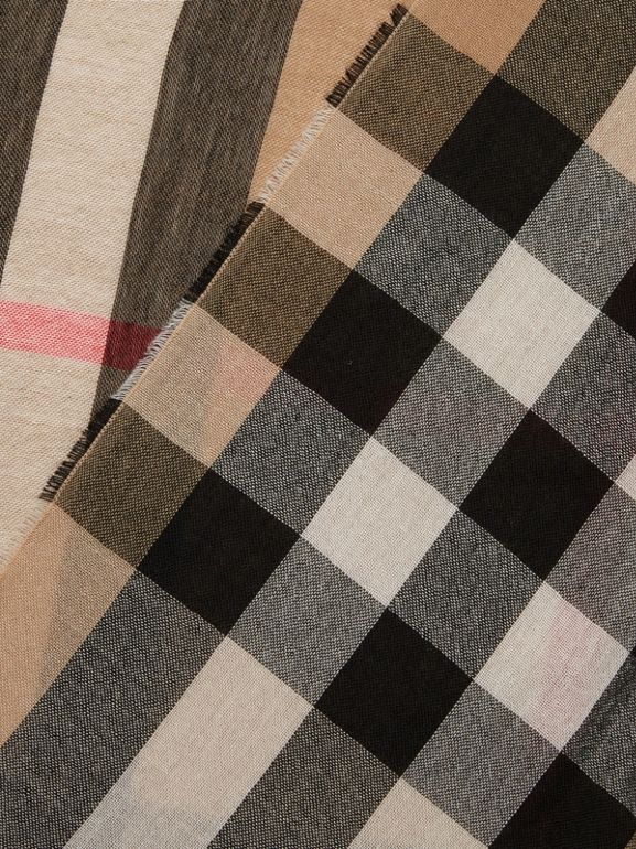Lightweight Check Wool Cashmere Scarf in Camel | Burberry - cell image 1