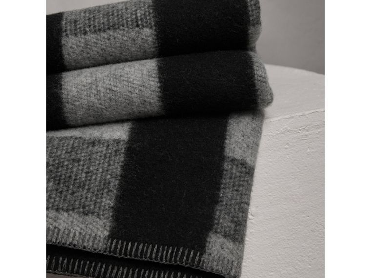 Check Wool Cashmere Blanket in Dark Grey | Burberry - cell image 1