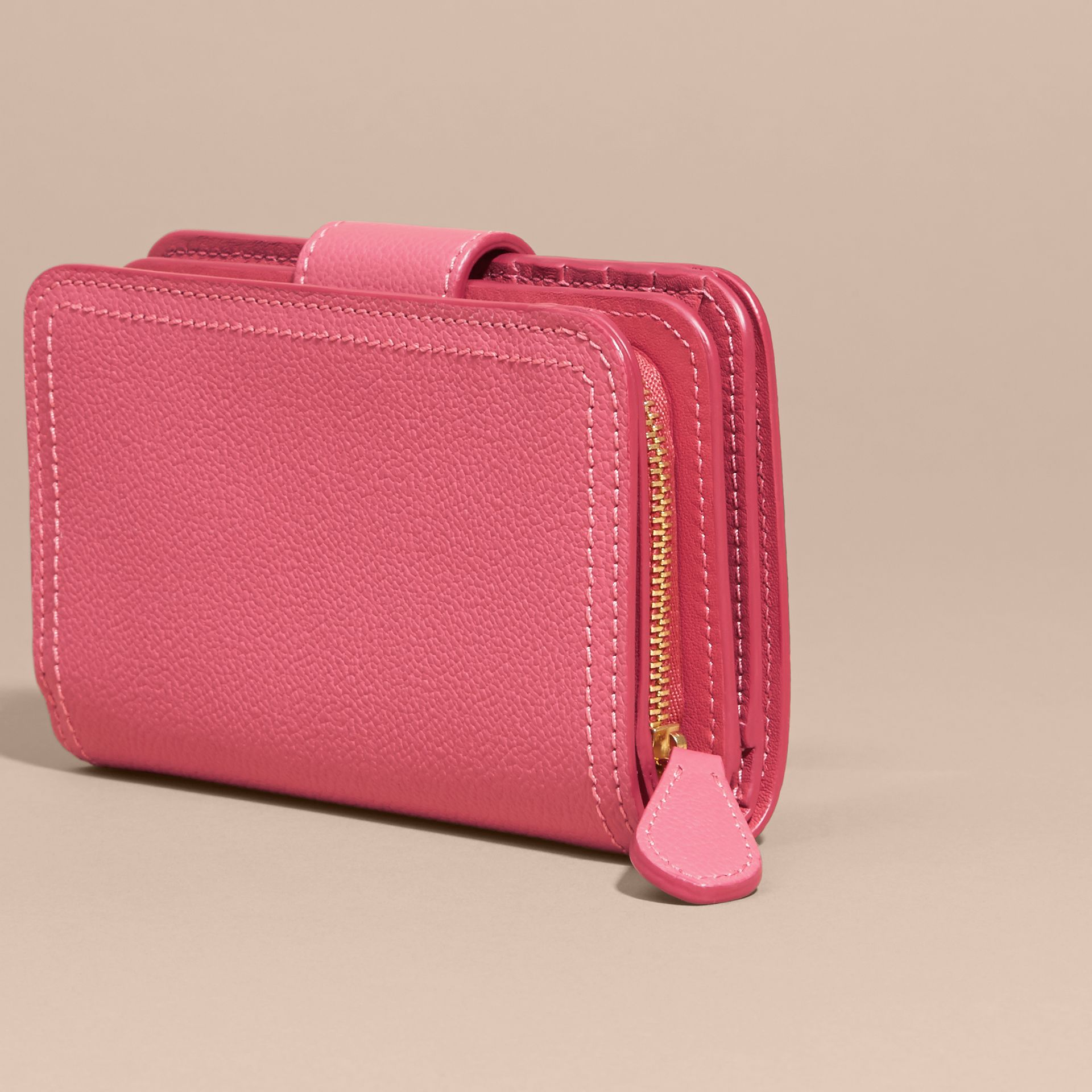 Pink azalea Buckle Detail Grainy Leather Wallet Pink Azalea - gallery image 4