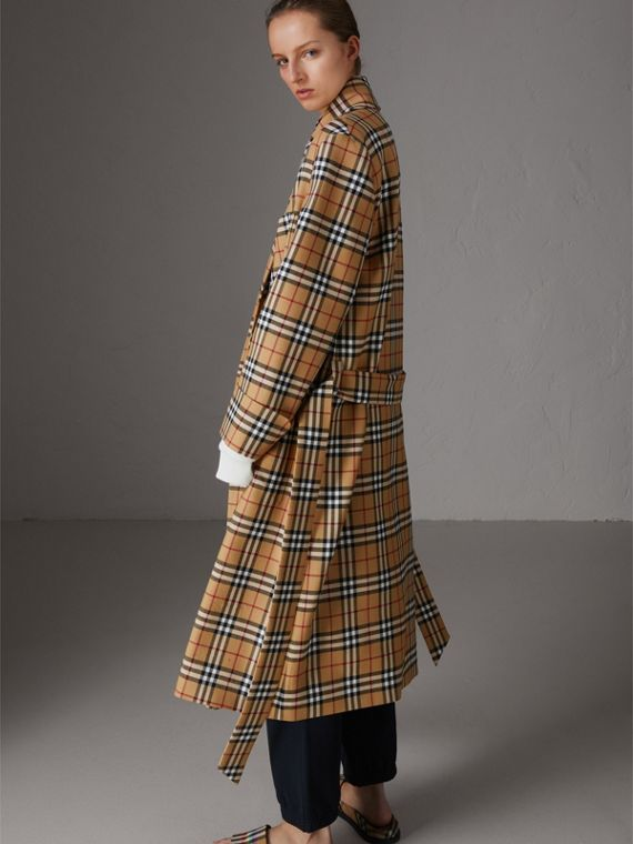 Reissued Vintage Check Dressing Gown Coat in Antique Yellow - Women | Burberry United Kingdom - cell image 2