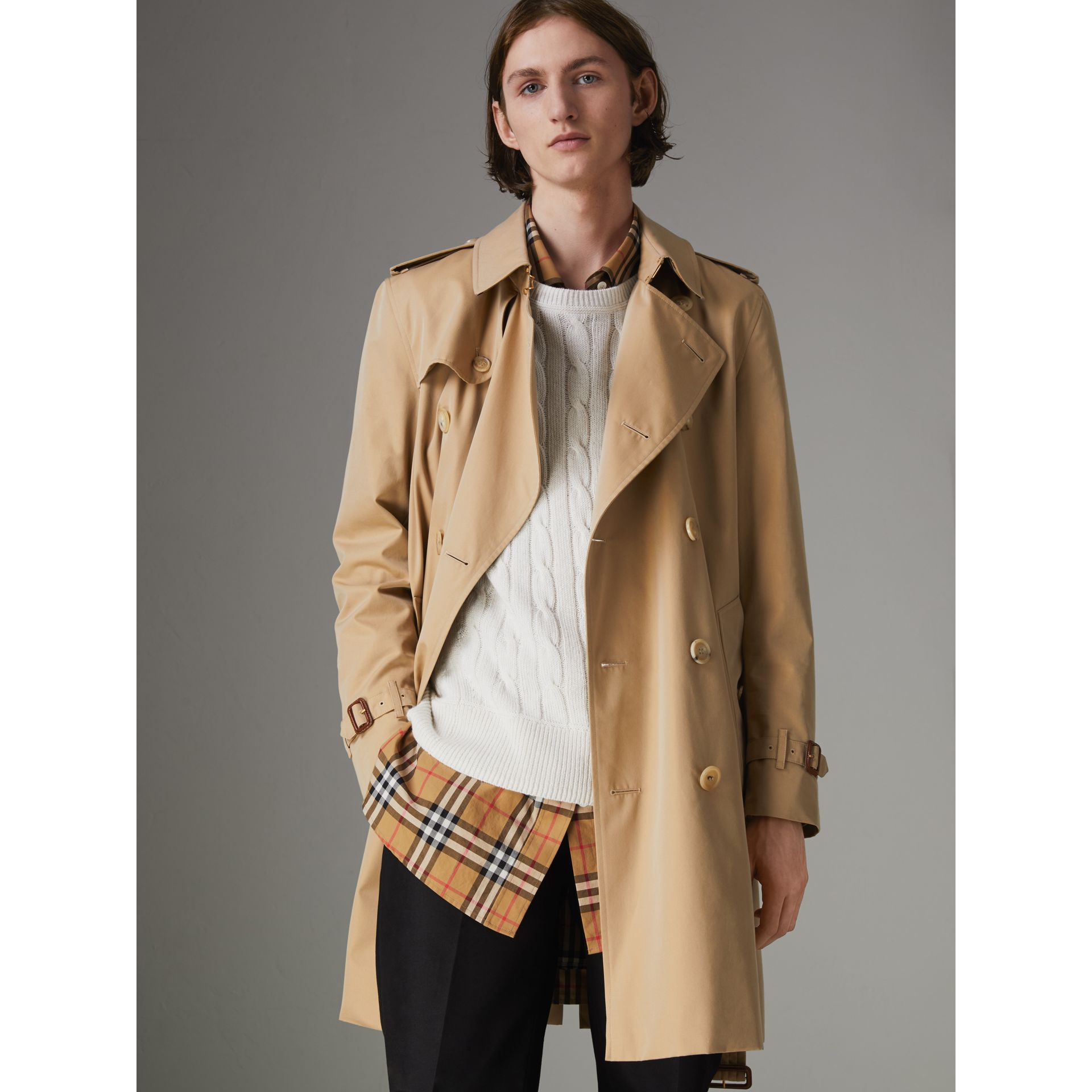 The Kensington Heritage Trench Coat in Honey - Men | Burberry United Kingdom - gallery image 5