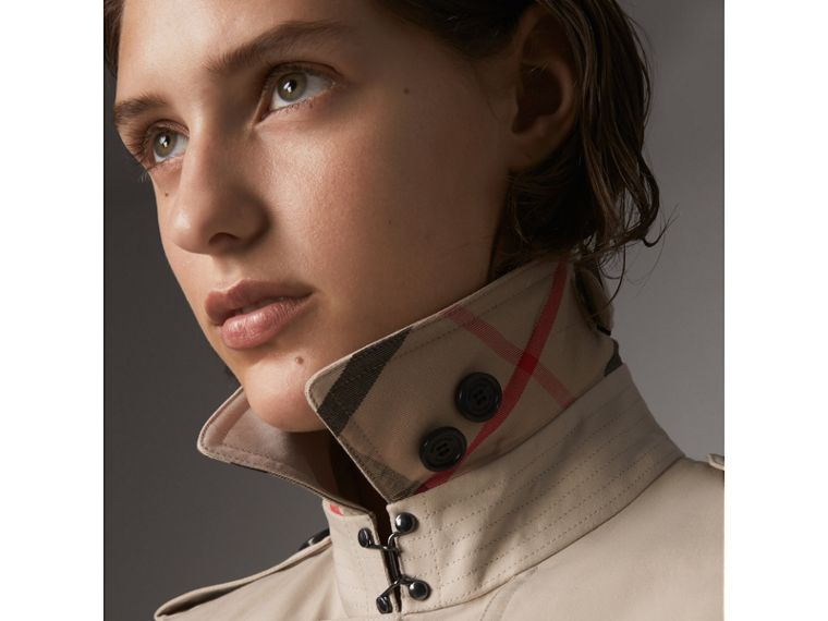 The Kensington – Trench Heritage extra-long (Stone) - Femme | Burberry - cell image 1
