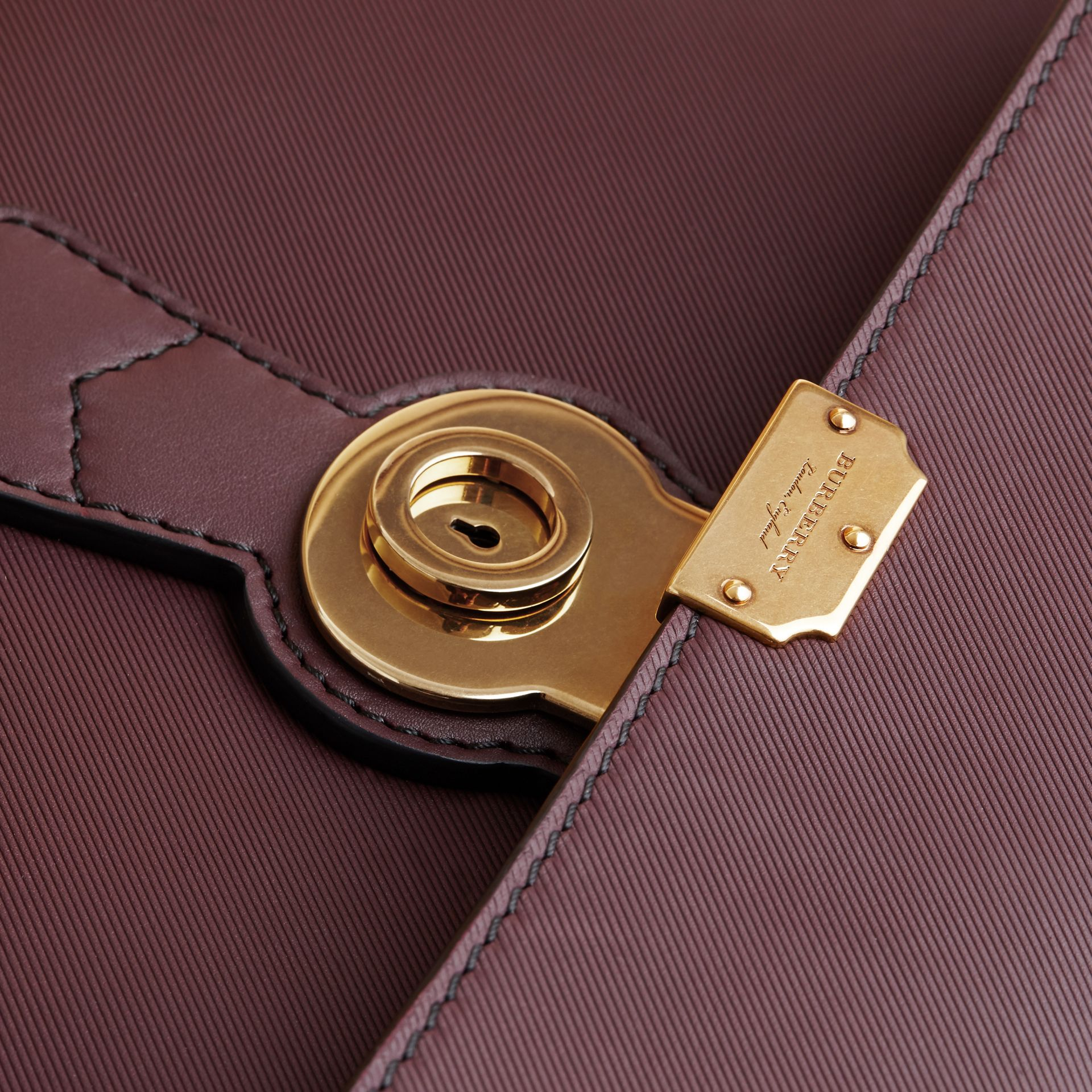 The DK88 Document Case Wine - gallery image 8