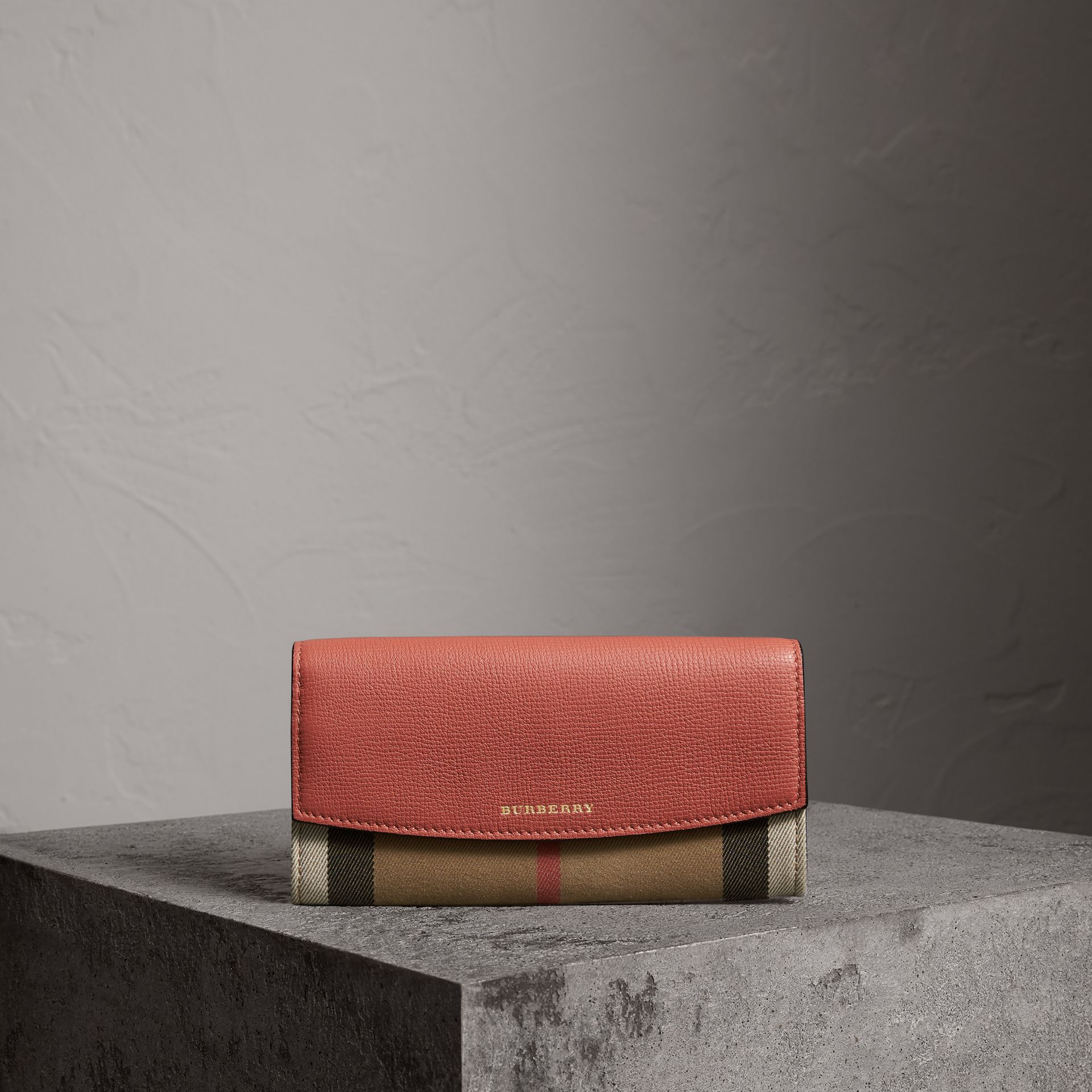 House Check And Leather Continental Wallet in Cinnamon Red - Women | Burberry - gallery image 0