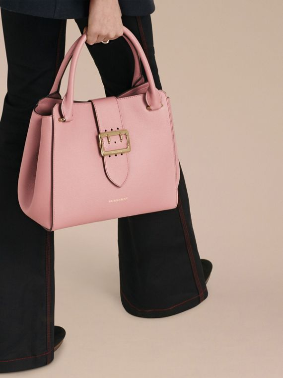 The Medium Buckle Tote in Grainy Leather in Dusty Pink - cell image 2