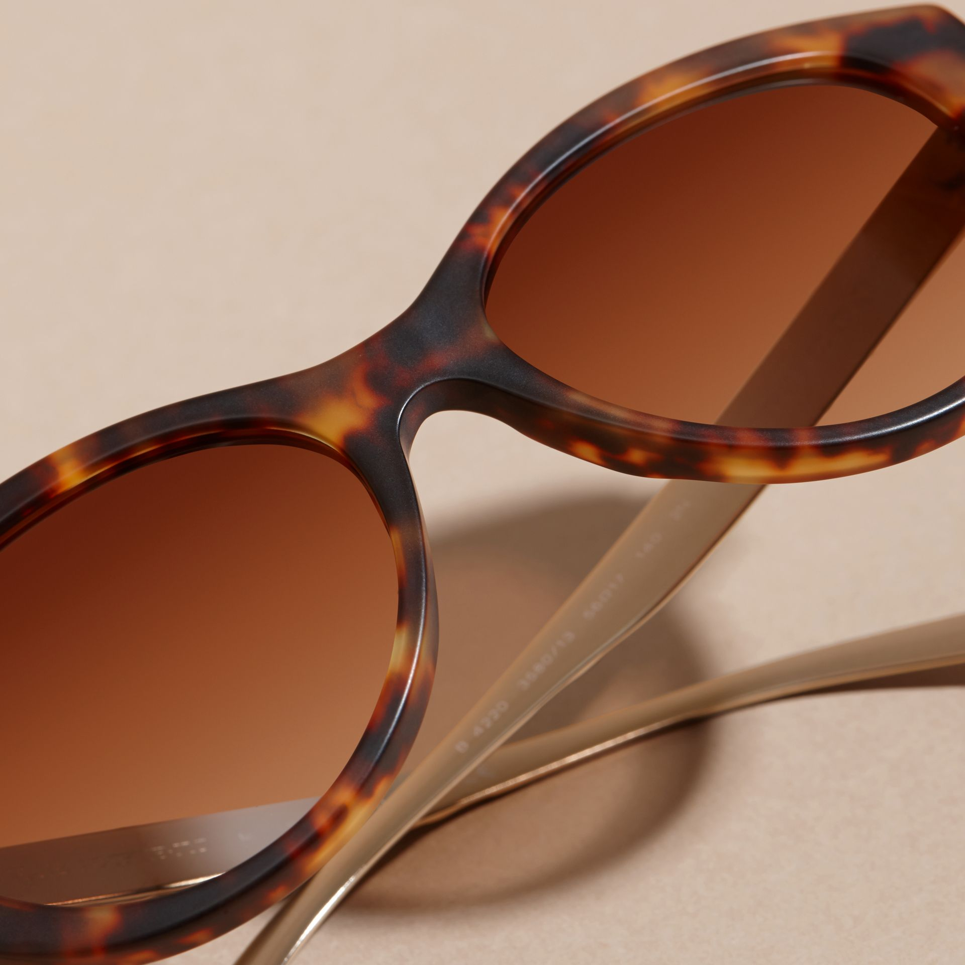 Tortoiseshell 3D Check Cat-eye Sunglasses Tortoiseshell - gallery image 2
