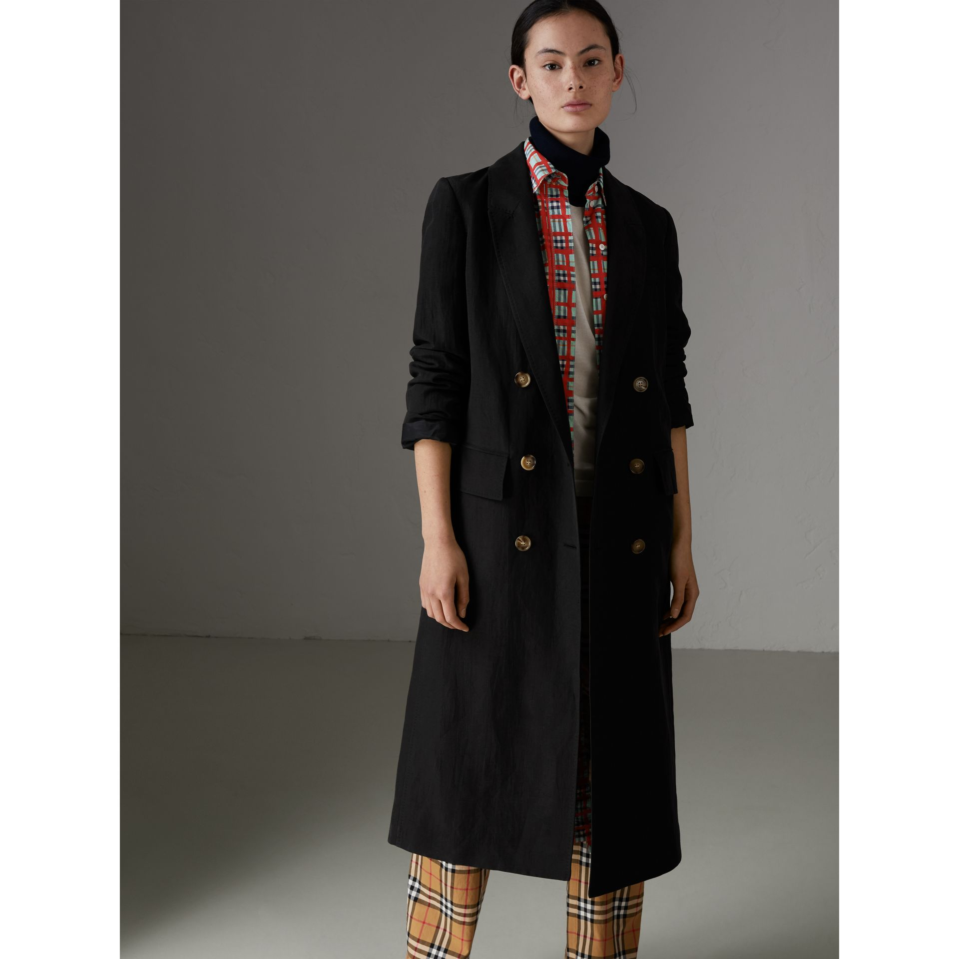 Linen Silk Tailored Coat in Black - Women | Burberry Australia - gallery image 4